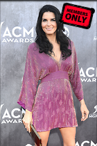 Celebrity Photo: Angie Harmon 2400x3600   5.1 mb Viewed 14 times @BestEyeCandy.com Added 1066 days ago