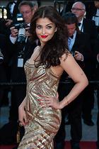 Celebrity Photo: Aishwarya Rai 2662x4000   1,039 kb Viewed 39 times @BestEyeCandy.com Added 990 days ago