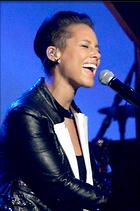 Celebrity Photo: Alicia Keys 1993x3000   1,117 kb Viewed 32 times @BestEyeCandy.com Added 1076 days ago