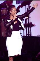 Celebrity Photo: Alicia Keys 1995x3000   1.2 mb Viewed 31 times @BestEyeCandy.com Added 1076 days ago