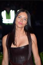Celebrity Photo: Adriana Lima 1997x3000   736 kb Viewed 261 times @BestEyeCandy.com Added 1079 days ago
