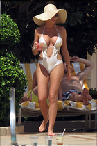 Celebrity Photo: Amy Childs 2400x3600   997 kb Viewed 394 times @BestEyeCandy.com Added 1001 days ago