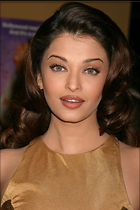Celebrity Photo: Aishwarya Rai 683x1024   98 kb Viewed 177 times @BestEyeCandy.com Added 1063 days ago