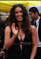 Celebrity Photo: Alanis Morissette 2076x3000   573 kb Viewed 183 times @BestEyeCandy.com Added 1048 days ago