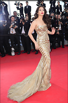 Celebrity Photo: Aishwarya Rai 2538x3844   801 kb Viewed 113 times @BestEyeCandy.com Added 1028 days ago