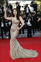 Celebrity Photo: Aishwarya Rai 1417x2126   428 kb Viewed 106 times @BestEyeCandy.com Added 959 days ago