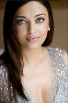 Celebrity Photo: Aishwarya Rai 600x900   79 kb Viewed 199 times @BestEyeCandy.com Added 1071 days ago