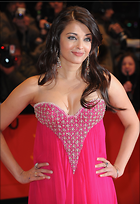 Celebrity Photo: Aishwarya Rai 2060x3000   742 kb Viewed 221 times @BestEyeCandy.com Added 1068 days ago