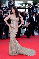 Celebrity Photo: Aishwarya Rai 123 Photos Photoset #241504 @BestEyeCandy.com Added 998 days ago