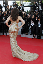 Celebrity Photo: Aishwarya Rai 1417x2126   394 kb Viewed 210 times @BestEyeCandy.com Added 989 days ago
