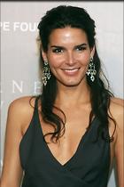 Celebrity Photo: Angie Harmon 2000x3000   539 kb Viewed 184 times @BestEyeCandy.com Added 1073 days ago