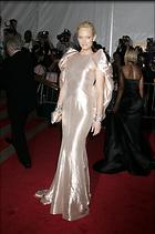Celebrity Photo: Amber Valletta 1863x2808   556 kb Viewed 110 times @BestEyeCandy.com Added 1075 days ago