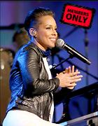 Celebrity Photo: Alicia Keys 2332x3000   1.4 mb Viewed 9 times @BestEyeCandy.com Added 1076 days ago