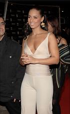 Celebrity Photo: Alicia Keys 1862x3000   727 kb Viewed 492 times @BestEyeCandy.com Added 1023 days ago