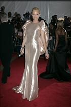 Celebrity Photo: Amber Valletta 1848x2768   590 kb Viewed 96 times @BestEyeCandy.com Added 1043 days ago