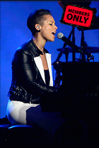 Celebrity Photo: Alicia Keys 2007x3000   3.5 mb Viewed 9 times @BestEyeCandy.com Added 1076 days ago