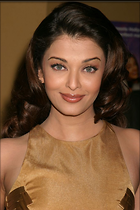 Celebrity Photo: Aishwarya Rai 683x1024   98 kb Viewed 172 times @BestEyeCandy.com Added 1063 days ago