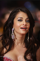 Celebrity Photo: Aishwarya Rai 2476x3704   736 kb Viewed 216 times @BestEyeCandy.com Added 1068 days ago
