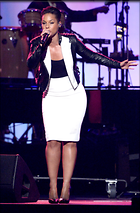 Celebrity Photo: Alicia Keys 1974x3000   1.2 mb Viewed 53 times @BestEyeCandy.com Added 1076 days ago