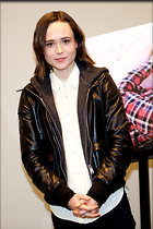 Celebrity Photo: Ellen Page 2486x3729   1,074 kb Viewed 58 times @BestEyeCandy.com Added 652 days ago