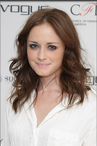 Celebrity Photo: Alexis Bledel 400x600   66 kb Viewed 346 times @BestEyeCandy.com Added 603 days ago