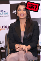 Celebrity Photo: Aishwarya Rai 2400x3600   2.4 mb Viewed 6 times @BestEyeCandy.com Added 908 days ago