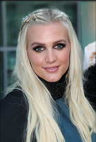 Celebrity Photo: Ashlee Simpson 694x1024   181 kb Viewed 85 times @BestEyeCandy.com Added 929 days ago
