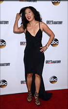 Celebrity Photo: Sandra Oh 2242x3600   955 kb Viewed 179 times @BestEyeCandy.com Added 801 days ago
