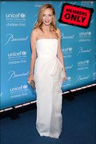 Celebrity Photo: Heather Graham 2400x3600   2.5 mb Viewed 7 times @BestEyeCandy.com Added 1004 days ago