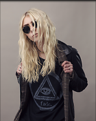 Celebrity Photo: Taylor Momsen 3840x4800   1.3 mb Viewed 77 times @BestEyeCandy.com Added 463 days ago