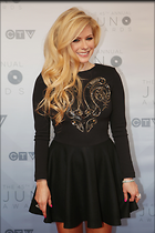 Celebrity Photo: Avril Lavigne 2335x3500   700 kb Viewed 278 times @BestEyeCandy.com Added 321 days ago
