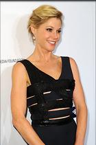 Celebrity Photo: Julie Bowen 681x1024   151 kb Viewed 187 times @BestEyeCandy.com Added 1023 days ago