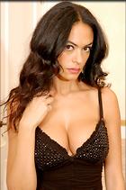 Celebrity Photo: Maria Grazia Cucinotta 2000x3008   751 kb Viewed 332 times @BestEyeCandy.com Added 1076 days ago