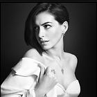 Celebrity Photo: Anne Hathaway 8 Photos Photoset #304450 @BestEyeCandy.com Added 330 days ago
