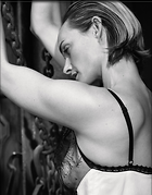 Celebrity Photo: Amber Valletta 1536x1960   558 kb Viewed 81 times @BestEyeCandy.com Added 415 days ago