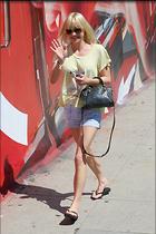 Celebrity Photo: Anna Faris 9 Photos Photoset #273681 @BestEyeCandy.com Added 952 days ago
