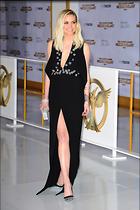 Celebrity Photo: Ashlee Simpson 2400x3607   966 kb Viewed 87 times @BestEyeCandy.com Added 1048 days ago