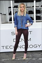 Celebrity Photo: Ashlee Simpson 2100x3150   720 kb Viewed 112 times @BestEyeCandy.com Added 827 days ago