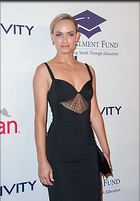 Celebrity Photo: Amber Valletta 45 Photos Photoset #255041 @BestEyeCandy.com Added 1229 days ago