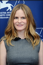 Celebrity Photo: Jennifer Jason Leigh 2002x3003   790 kb Viewed 102 times @BestEyeCandy.com Added 800 days ago