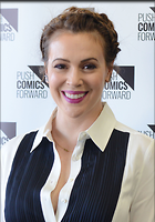 Celebrity Photo: Alyssa Milano 2102x3000   601 kb Viewed 355 times @BestEyeCandy.com Added 978 days ago