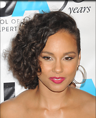 Celebrity Photo: Alicia Keys 1950x2400   654 kb Viewed 112 times @BestEyeCandy.com Added 443 days ago