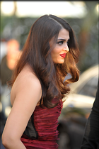 Celebrity Photo: Aishwarya Rai 2272x3408   498 kb Viewed 158 times @BestEyeCandy.com Added 595 days ago
