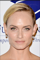 Celebrity Photo: Amber Valletta 2100x3150   674 kb Viewed 146 times @BestEyeCandy.com Added 902 days ago