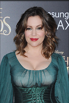 Celebrity Photo: Alyssa Milano 1500x2250   556 kb Viewed 295 times @BestEyeCandy.com Added 997 days ago