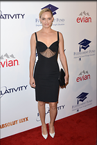 Celebrity Photo: Amber Valletta 2100x3150   492 kb Viewed 128 times @BestEyeCandy.com Added 902 days ago