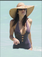 Celebrity Photo: Bethenny Frankel 2400x3235   336 kb Viewed 169 times @BestEyeCandy.com Added 1046 days ago