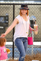 Celebrity Photo: Alyson Hannigan 705x1057   127 kb Viewed 212 times @BestEyeCandy.com Added 958 days ago
