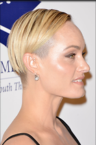 Celebrity Photo: Amber Valletta 2100x3150   673 kb Viewed 196 times @BestEyeCandy.com Added 902 days ago