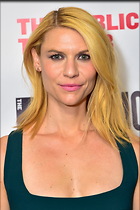 Celebrity Photo: Claire Danes 2400x3600   1.2 mb Viewed 117 times @BestEyeCandy.com Added 668 days ago